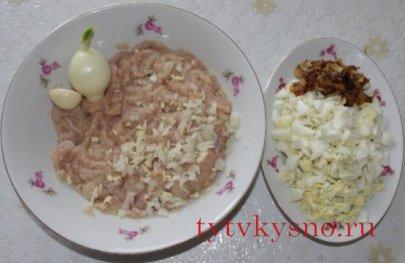 ингредиенты рецепта: Как приготовить зразы с яйцом