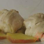 Курица с яблоками в мультиварке