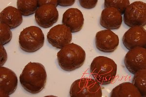 Шоколадные пончики на сгущенке. Рецепт с фото.