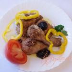 курица с черносливом и орехами