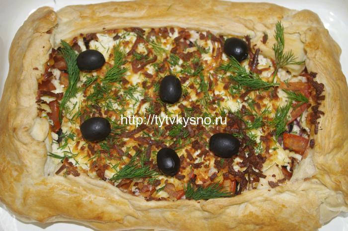 Фото блюда: Форель запеченная в тесте под шубой из овощей и сыра