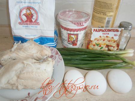 ингредиенты заливного пирога с курицей и луком