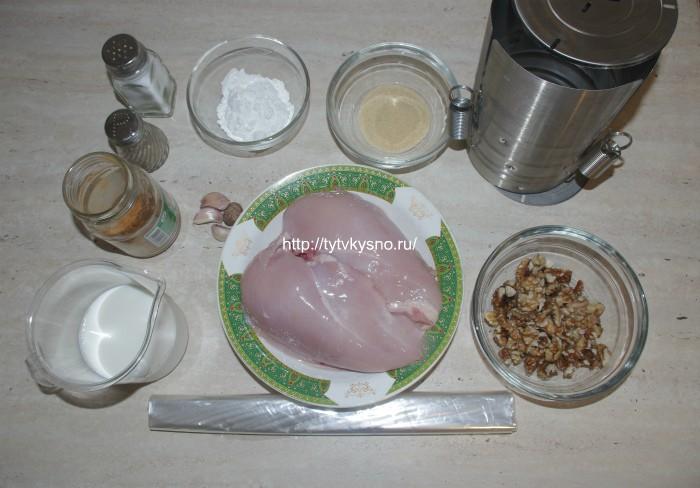 ингредиенты домашней запеченной колбасы из курицы со сливками