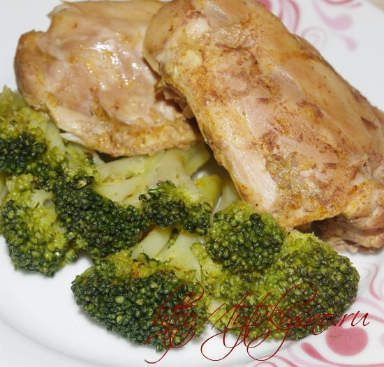 фото диетическое блюдо курица тушенная в мультиварке с овощами на пару