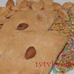 Постное печенье на огуречном рассоле.