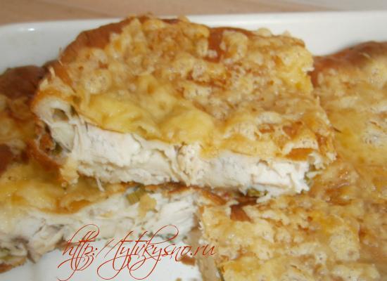Заливной пирог с курицей и зеленым луком очень простой в приготовлении рецепт