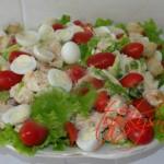 Салат «Цезарь» с курицей и крутонами. Рецепты салата «Цезарь».