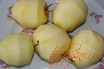 Чистим яблоки. рецепт Венгерский насыпной яблочный пирог
