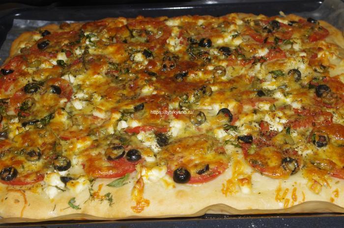 сколько выпекать пиццу из бездрожжевого теста