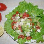 Овощной салат с кускусом и сыром
