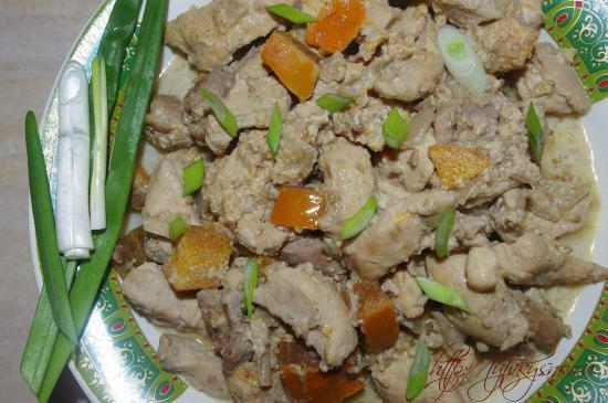 Фото блюда для гурманов: куриное филе с хурмой