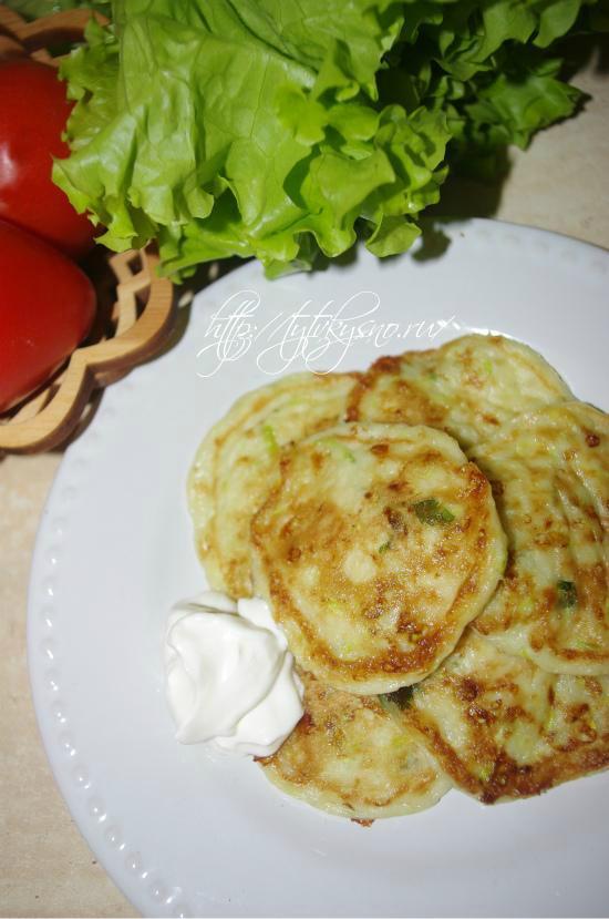 вкусные кабачковые оладьи с сыром и чесноком пошаговый фото рецепт