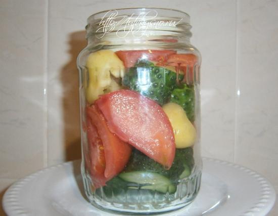 закладка в банки овощей для салата с желатином
